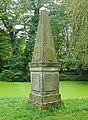 Linnaeus-Obelisk - Bremen - 0609,T001.jpg