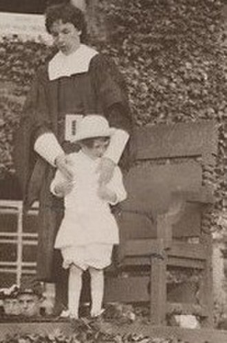 Lionel de Jersey Harvard - Image: Lionelde Jersey Harvard Hollis Hall Pageant 1913June 14 cropped
