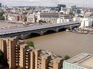 Blackfriars station - The roof is covered with solar panels to generate electricity.