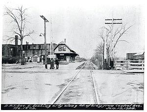 Dorchester and Milton Branch Railroad - The Milton Branch at Central Avenue station in 1928