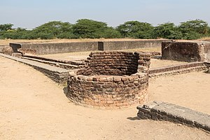 Lothal - An ancient well, and the city drainage canals