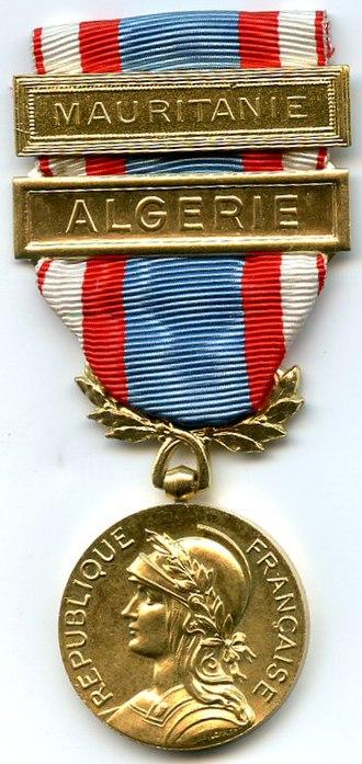 North Africa Security and Order Operations Commemorative Medal - Image: Médaille du Maintien de l'Ordre AFN FRANCE AVERS