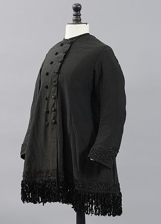 Bengaline - 1880s woman's paletot in black bengaline