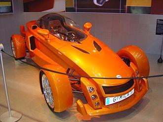 Magna Steyr - Magna Steyr MILA Concept