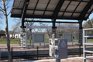 MLK Jr. station (DART) - Image: MLK JR. DART