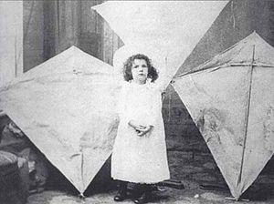 William Abner Eddy - Margaret Eddy with kites, c.1895.