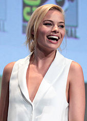Robbie at the San Diego Comic-Con in 2015