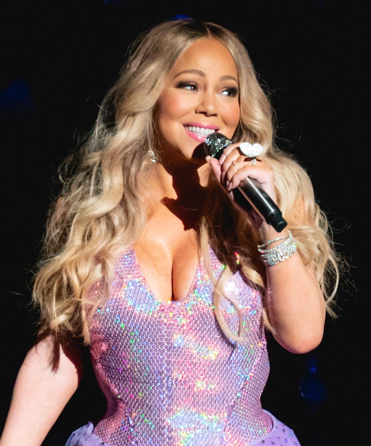 A Brief Biography of Mariah Carey