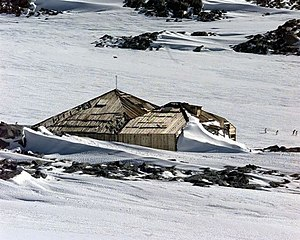 Mawson's Huts - Image: Mawsons Hut at Cape Denison