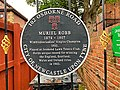 Memorial to 1902 Wimbledon Ladies Champion Muriel Robb, Jesmond.jpg