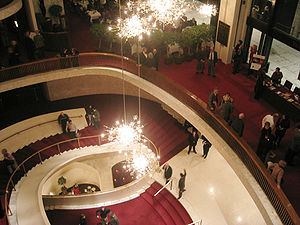 Metropolitan Opera House (Lincoln Center) - Lobby staircase from above