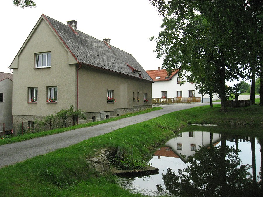 Michalovice (Havlíčkův Brod District)
