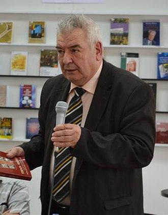 Mihai Cimpoi - Image: Mihai Cimpoi (crop 2)