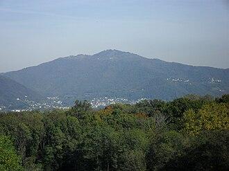 Monte Bisbino - Image: Monte Bisbino da Bizzarone