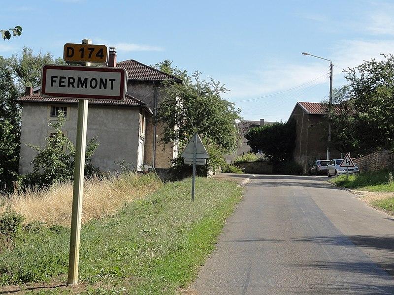 Montigny-sur-Chiers (Meurthe-et-M.) Fermont, city limit sign