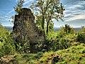Montrond-le-Château, ruines de l'ancien château.jpg