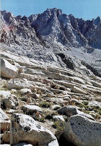 Mount Mendel - Mount Mendel from Evolution Lake