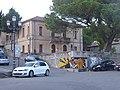 Municipio di Riace e murales di Peppino Impastato (2018).jpg