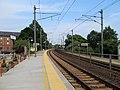 Mystic station platforms, August 2012.jpg