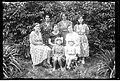 Narcyz Witczak-Witaczyński - Kobiety i dzieci w ogrodzie - portrety (107-453-3).jpg