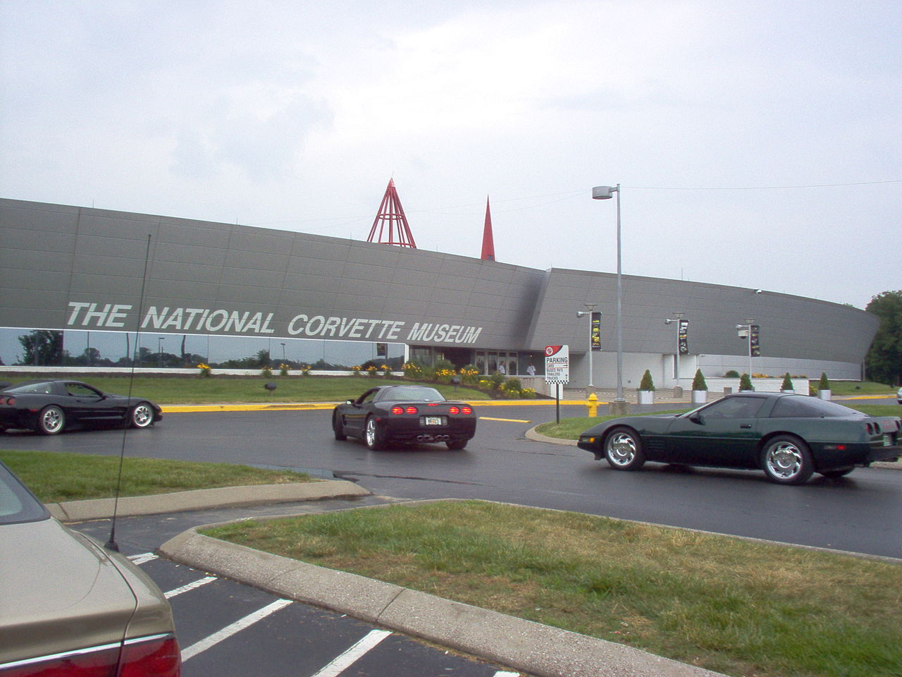 file national corvette museum ky jpg wikipedia. Cars Review. Best American Auto & Cars Review