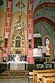 Ołtarz boczny w kościele pw. św. Zygmunta w Pniowie wg projektu prof. Jana Budziło.jpg