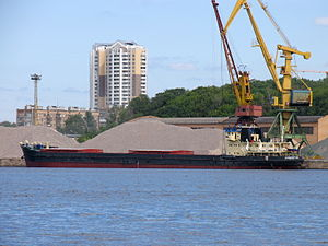 Omskiy-20 in North River Port 20-jun-2012 03.JPG