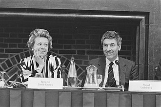 Neelie Kroes - Minister of Transport and Water Management Neelie Kroes and Prime Minister Ruud Lubbers during a debate on 20 May 1987.