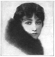 Ouida Bergère Photoplay 1920.JPG