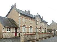 Ouzouer-le-Doyen-FR-41-mairie-1.jpg