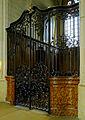 P1270306 Paris IV eglise St-Gervais-St-Protais porte fer-forge rwk.jpg
