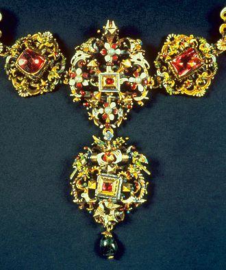 Nikolaus, Count Esterházy - Image: Palatine Miklos Esterhazy Esterhazy Marriage Collar Walters 44586