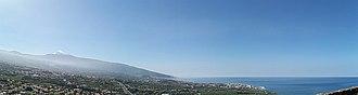 Puerto de la Cruz - Panorama of Valle de La Orotava