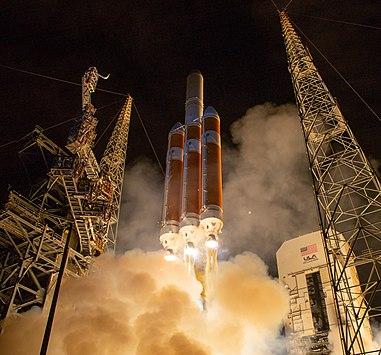 Запуск Parker Solar Probe ракетой-носителем Delta IV Heavy с мыса Канаверал 12 августа 2018 года