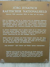 Iscrizione dedicatoria della statua, in cui si celebra Jenatsch come
