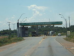 A toll in Veinticinco de Diciembre, by the entrance of San Pedro