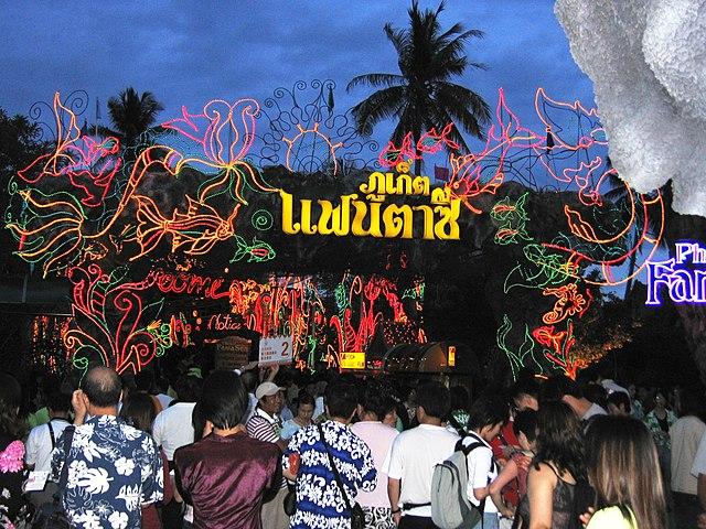 Phuket FantaSea_1