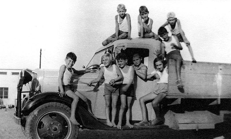 גן-שמואל-משאית ראשוה 1935