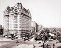Plaza Hotel New York City Circa 1910.jpg
