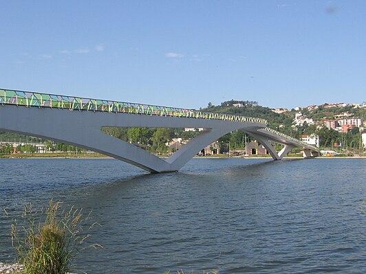 Pedro e Inês bridge