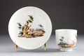Porslinskopp och fat från 1700-talets andra hälft - Hallwylska museet - 93850.tif