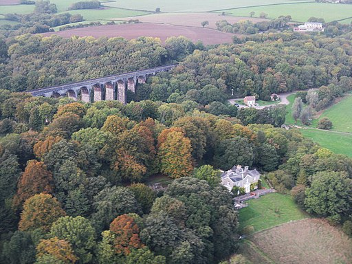 Porthkerry Viaduct and House - geograph.org.uk - 2101425
