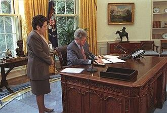 Donna Shalala - Shalala with President Bill Clinton in 1993