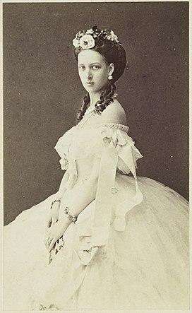 Princess Alexandra of Denmark, later Princess of Wales.jpg