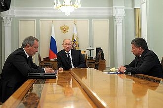 Ekspress MD2 - Russian president Vladimir Putin with Roscosmos head Vladimir Popovkin (right) and Dmitry Rogozin (left) in a meeting on problems in the space industry, August 2012