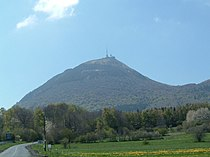 Puy de Dome (volcano).jpg