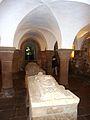 Quimperlé 15 Eglise Sainte-Croix La crypte.JPG