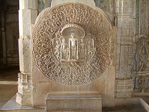 Ranakpur - Image: Ranakpur Jain Marble Temple wall Frescoes Apr 2004 02