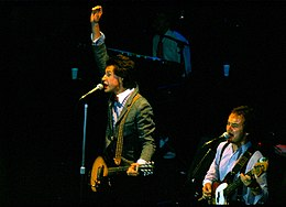 Ray Davies - Jim Rodford with The Kinks 1979.jpg