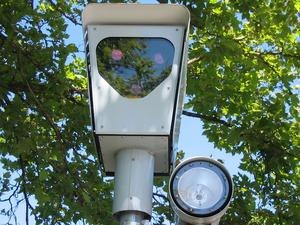 Red light camera - A red-light camera in use in Beaverton, Oregon